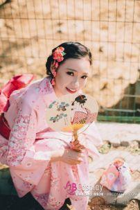 Kimono Nhật Bản Hoa Đào Nền Cam (Hàng Sắp Về)