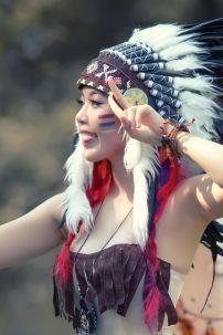 Trang Phục Nữ Thổ Dân 10