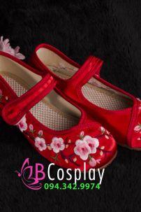 Giày Cổ Trang Trẻ Em Đỏ Thêu Hoa Đào Size 32