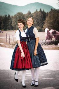 Dirndl 2- Trang Phục Nước Đức & Áo